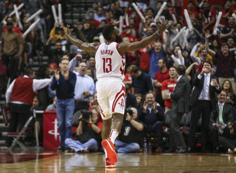 Harden comanda show ofensivo, e Rockets quebram série de cinco vitórias dos Nuggets