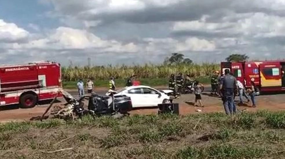 Acidente entre carros foi registrado em Penápolis (SP) — Foto: Arquivo pessoal