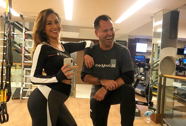 Sabrina Sato e o personal trainer Marcio Lui (Foto: Reprodução/Twitter)