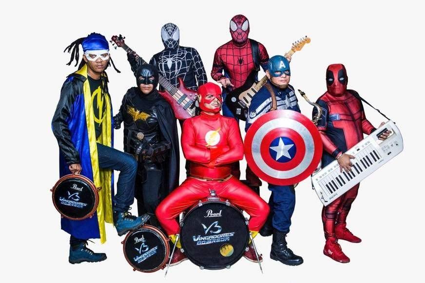 Bandas Vingadores do Brega e Vilões do Brega se encontram na festa 'Confronto do Brega', neste sábado