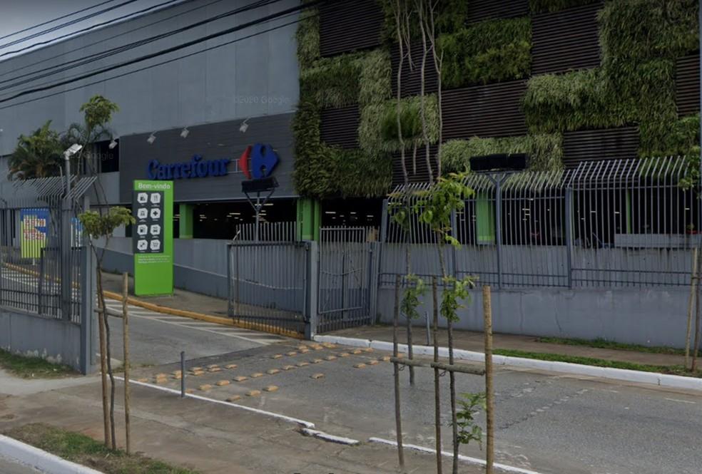 Fachada do supermercado Carrefour, no Limão, Zona Norte de São Paulo — Foto: Reprodução/Google Maps