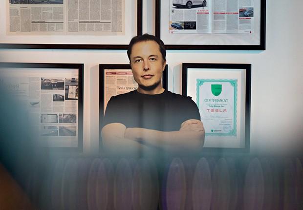 Elon Musk, CEO da Tesla, garante que a nova geração de baterias sem cobalto vem aí, mas ainda exigirá muita pesquisa (Foto: Andrey Rudakov/Bloomberg via Getty Images)
