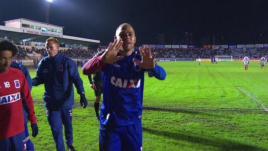 O gol de Paraná 1 x 0 Bahia pela 10ª rodada do Campeonato Brasileiro