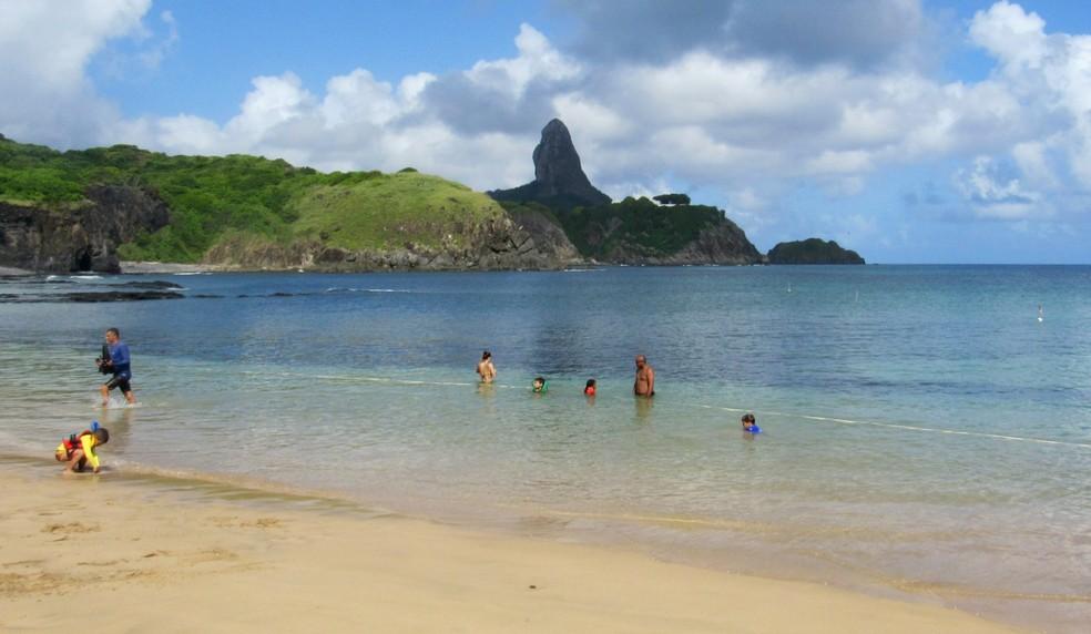Os moradores respeitaram o distanciamento e voltaram às praias  — Foto: Ana Clara Marinho/TV Globo