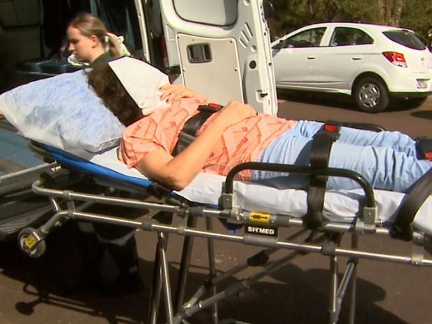 Suspeita de matar filha grávida a facadas passa por perícia no Fórum de Ribeirão Preto, SP (Foto: Reprodução/EPTV)