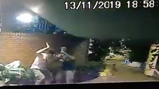 Vídeo mostra queda de marquise que matou estudante
