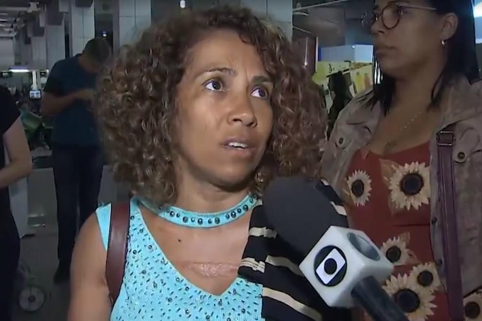 Por conta da situação, diversos passageiros reclamam da falta de informação por parte da empresa.  — Foto: Reprodução / TV Bahia