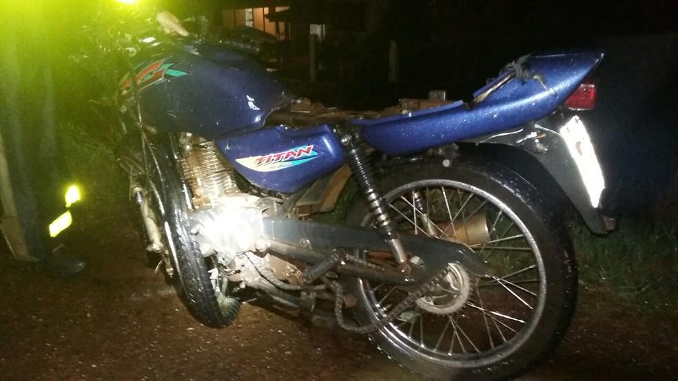 Jovem de 19 anos que conduzia motocicleta morreu na hora em Santa Rosa (Foto: Divulgação/PRF)