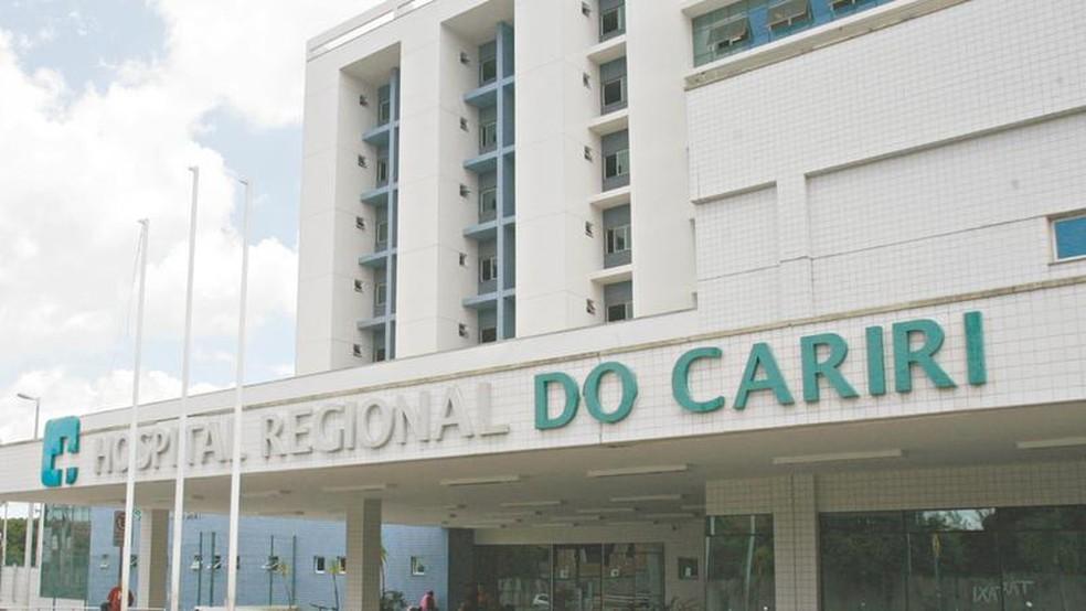 Os 54 leitos do Hospital Regional do Cariri estão ocupados mesmo com a inauguração de novas unidades nesta quarta.  — Foto: Agência Diário