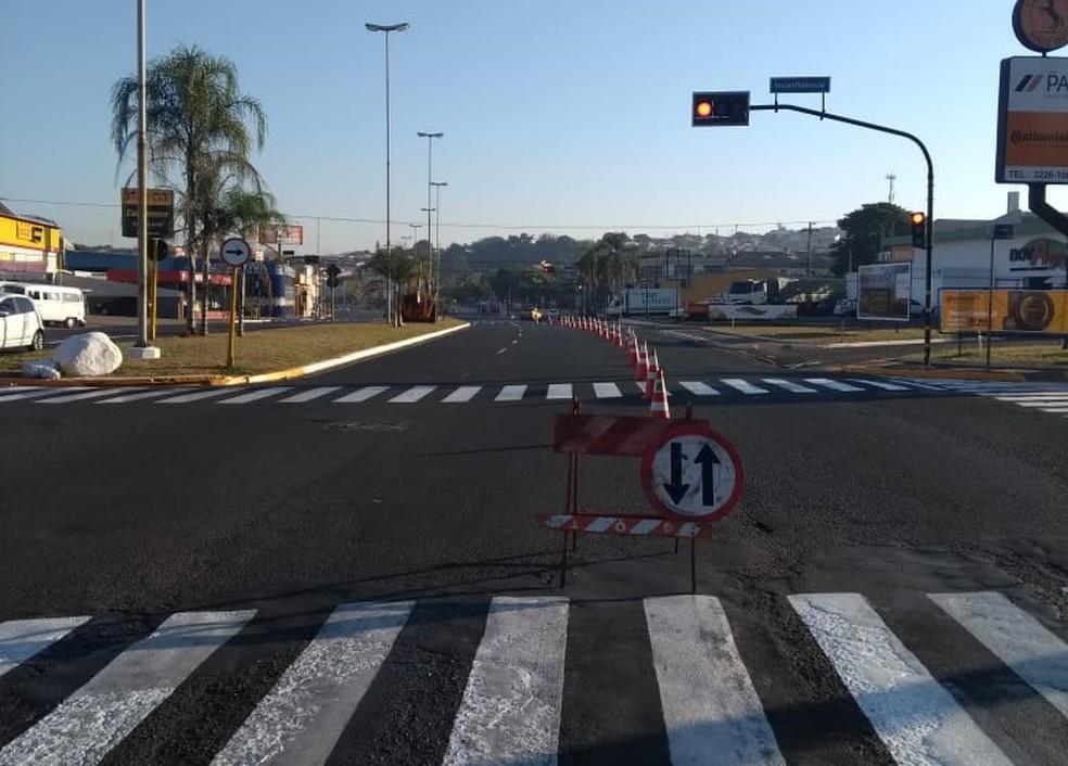 Pista contrária na quadra 3 (sentido centro-bairro) vai funcionar em mão-dupla para não prejudicar totalmente o trânsito na avenida durante as obras em Bauru (Foto: Emdurb / Divulgação)