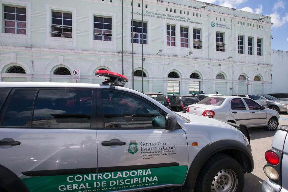 Foto da fachada da Controladoria Geral de Disciplina dos Órgãos de Segurança Pública do Ceará — Foto: Cid Barbosa/SVM