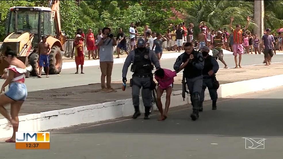 Quatro pessoas foram detidas durante a operação. — Foto: Reprodução/TV Mirante