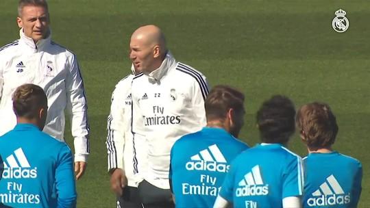 Mãos à obra: Zidane comanda primeiro treino após acertar retorno ao Real Madrid