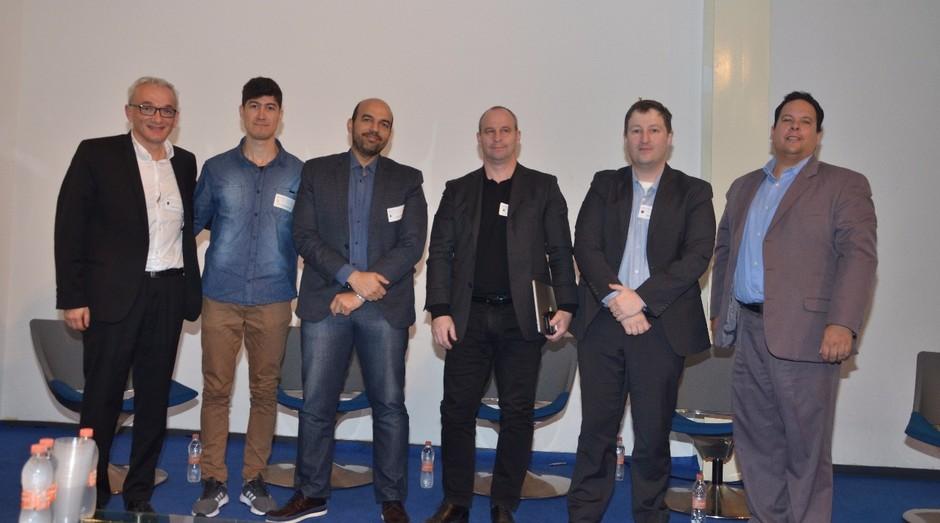 Painelistas do X Fórum de Inovação e Tecnologia, realizado pela Câmara de Comércio Brasil-França e a Investe São Paulo (Foto: Divulgação)
