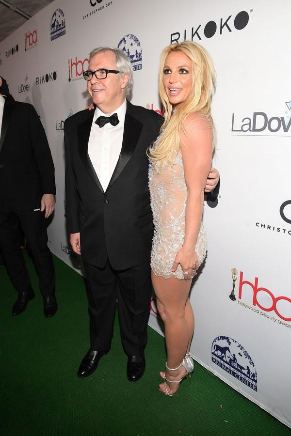 Britney Spears durante evento para entrega do prêmio de Melhor Fragrância  (Foto: Getty Images)