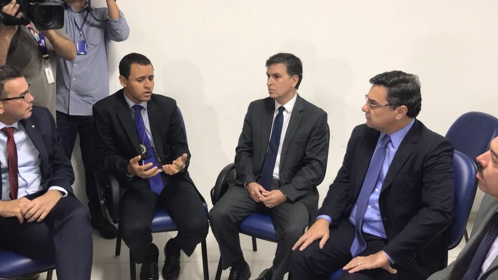 """Autoridades se reúnem na DH para debater caso Marielle; Investigação é considerada complexa, um """"quebra-cabeças"""" (Foto: Henrique Coelho/G1)"""