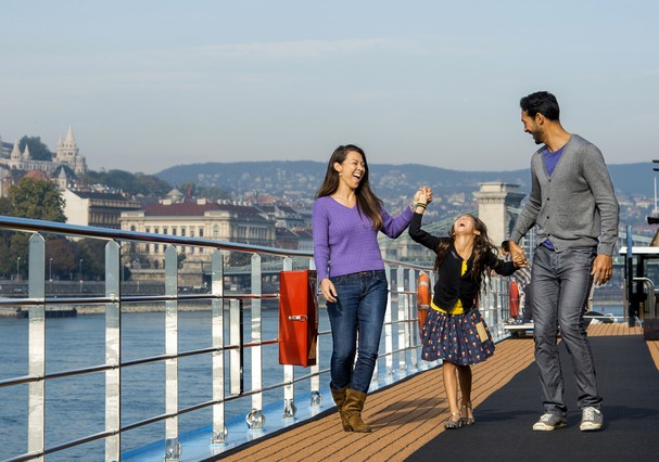 Adventures by Disney river cruise guests sail aboard a river cruise ship custom built by AmaWaterways with families in mind. New family-friendly design elements include specific room configurations, including six sets of connecting staterooms, as well as  (Foto: Chloe Rice)