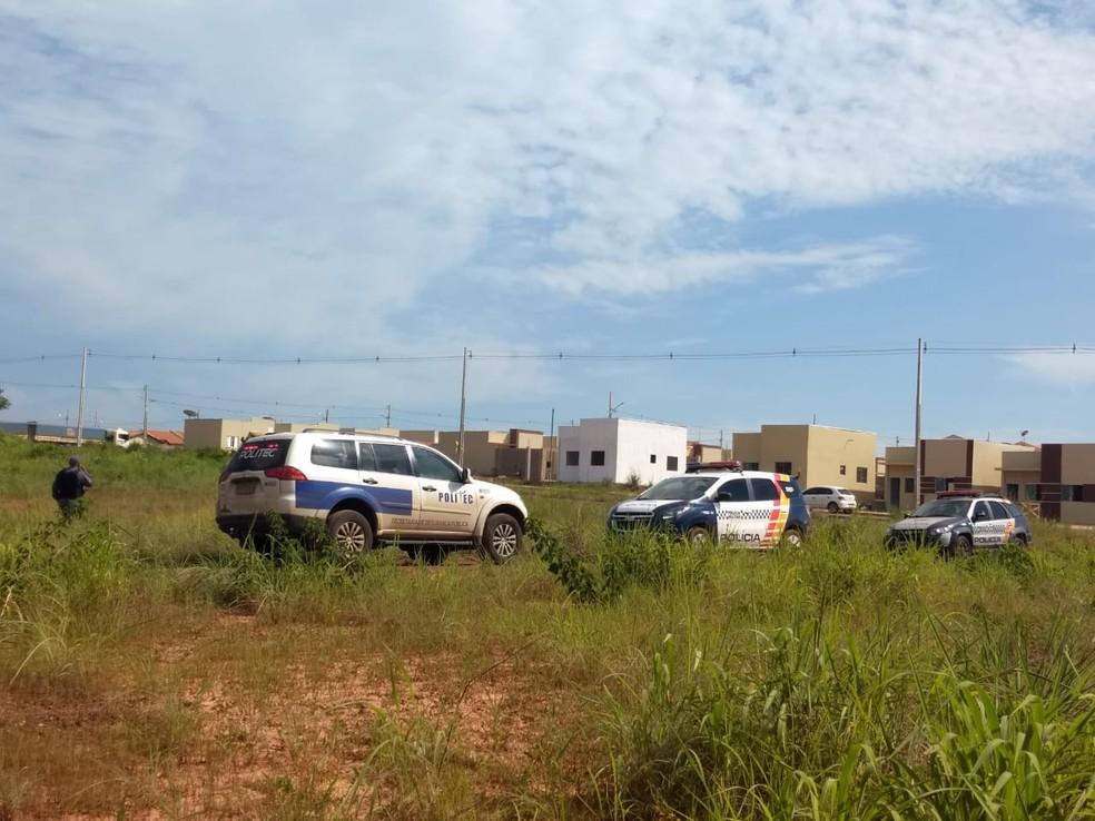 Corpo foi encontrado no Bairro Parque Paiaguás, em Várzea Grande — Foto: 2º Comando Regional da Polícia Militar de Mato Grosso