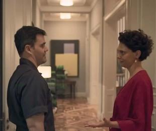 Juliano Cazarré e Malu Galli em cena em que seus personagens em 'Amor de mãe' aparecem sem máscara | Reprodução