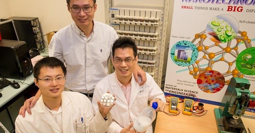 Bateria poderosa obtém 70% de carga em 2 min e tem vida útil de 20 anos
