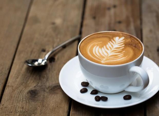 O café ajuda no tratamento e previne doenças cerebrais degenerativas (Foto: Parkinson Alabama/ Reprodução)