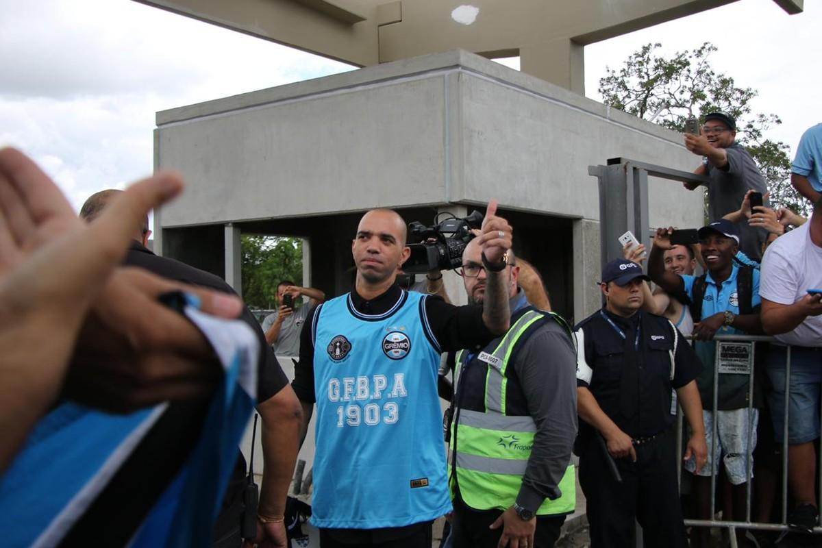 1668e9253f Novo reforço do Grêmio
