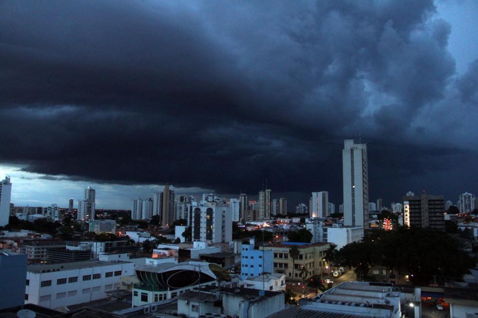 Previsão para esta semana é de pancadas de chuva a qualquer hora do dia em Cuiabá — Foto: Luiz Alves/Prefeitura de Cuiabá