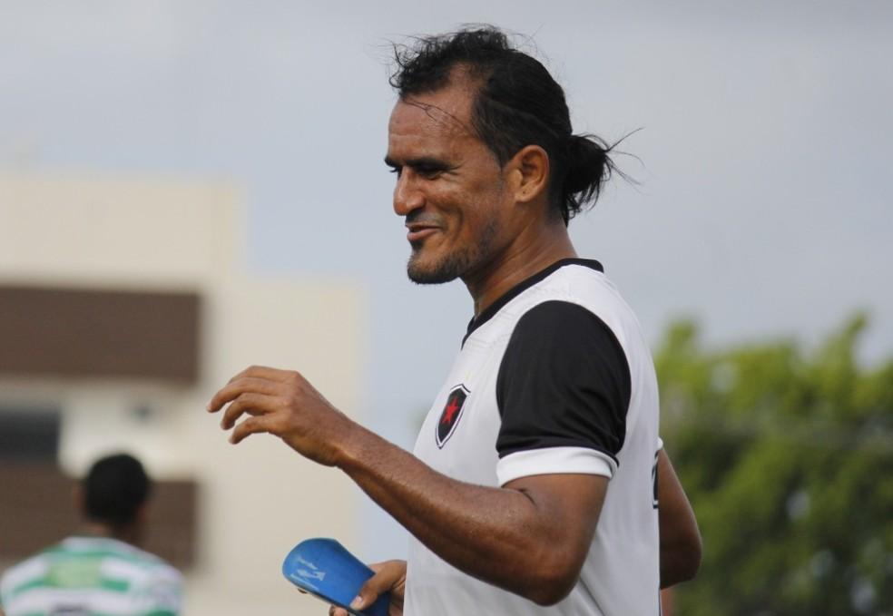 Enercino é o novo meia do Atlético-PB — Foto: Nádya Araújo / Botafogo-PB