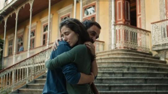 Carolina salva vida de Evandro e reata casamento; reveja os desfechos da 3ª temporada