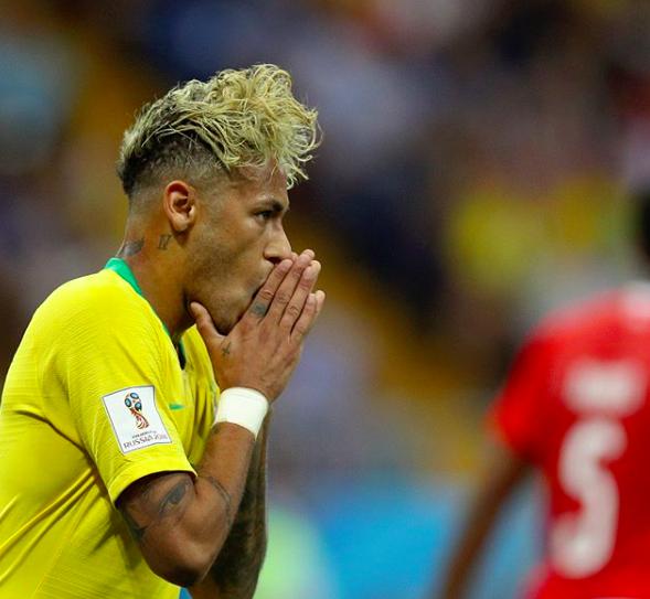 Neymar, em clique do perfil no Instagram da FIFA (Foto: Reprodução Instagram)