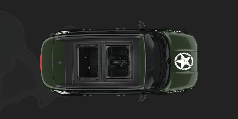 Teto removível do Renegade Willys forma teto solar duplo — Foto: Divulgação/Jeep