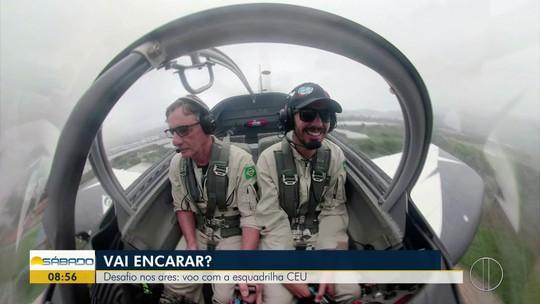 """""""Vai Encarar?"""" participa de voo acrobático na chuva com a Esquadrilha Céu no Rio de Janeiro"""