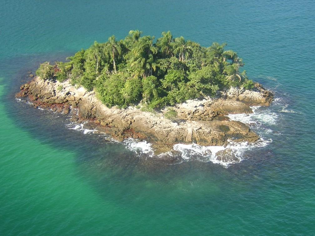 Ilha de Araçatiba de Fora, que integra a Estação Ecológica de Tamoios — Foto: Adriana Gomes/ICMBIO/Acervo