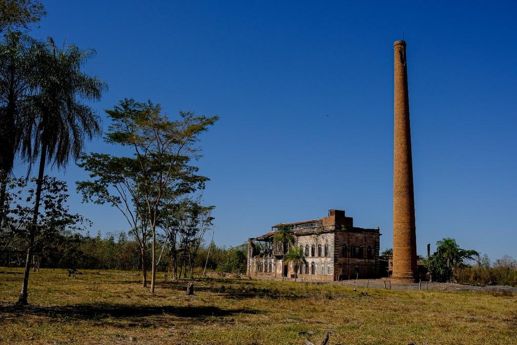 Usina tinha casas de funcionários, escola, biblioteca e foi uma das primeiras do Brasil a ter energia elétrica — Foto: Mayke Toscano/Secom-MT