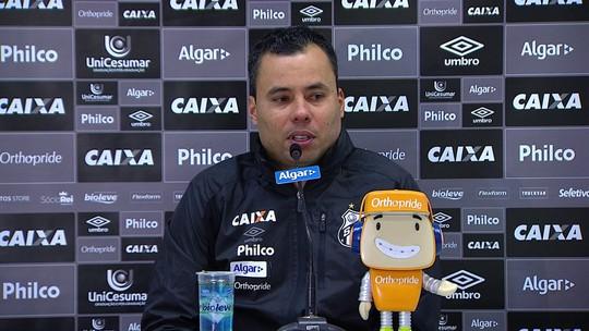 Jair minimiza vaias da torcida e elogia empenho do Santos para buscar empate