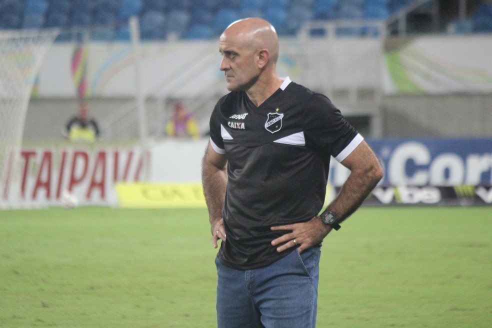 Quarto técnico do ABC na Série B, Itamar Schülle tem missão difícil no comando do clube (Foto: Diego Simonetti/Blog do Major)