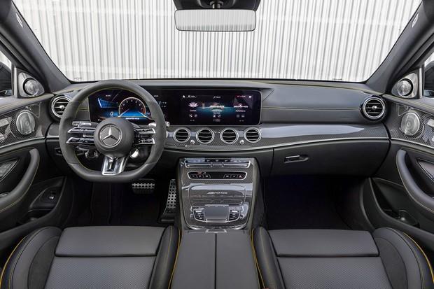 Mercedes Benz AMG E 63 S (Foto: Divulgação)