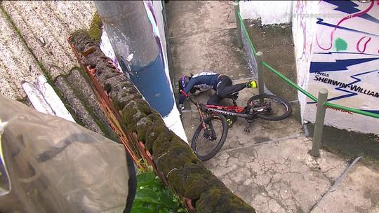 Frederico Vieira é mais um que sofre queda durante descida das escadas de Santos