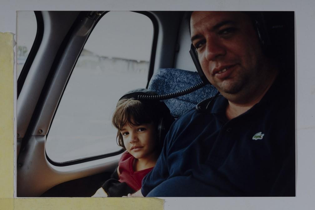 """Júlia Vianna, filha do humorista Bussunda, dirige episódio da série documental """"Meu Amigo Bussunda""""; ela tinha 12 anos quando o pai morreu — Foto: Divulgação/Pepe Schettino"""