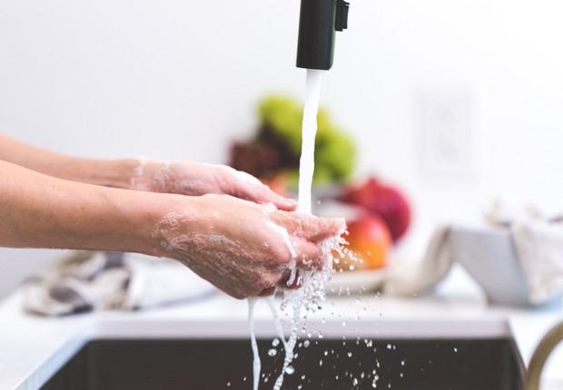 lavar as mãos, higiene, água (Foto: Pexels)