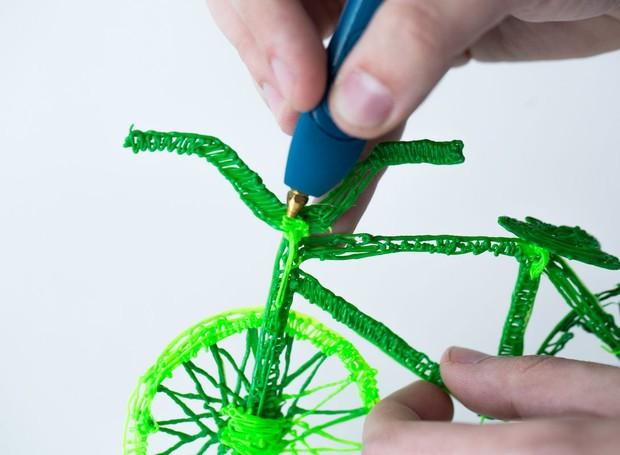 É possível fazer os mais variados objetos a partir da 3Doodler Creater+ (Foto: Reprodução/ Mashable)