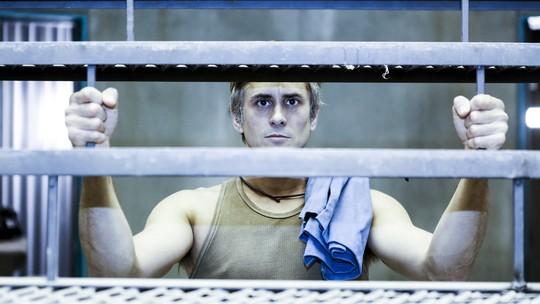 Nicolas Trevijano analisa transformação de Nando no fim de 'Supermax': 'Percorreu o céu e o inferno'