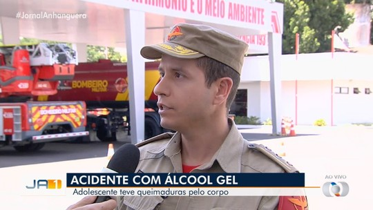 Adolescente tem corpo queimado após amigo jogar álcool gel, em Aparecida de Goiânia
