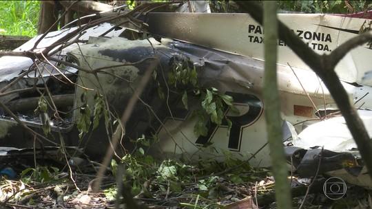 Corpos de quatro vítimas de avião que caiu no interior de Roraima chegam ao IML