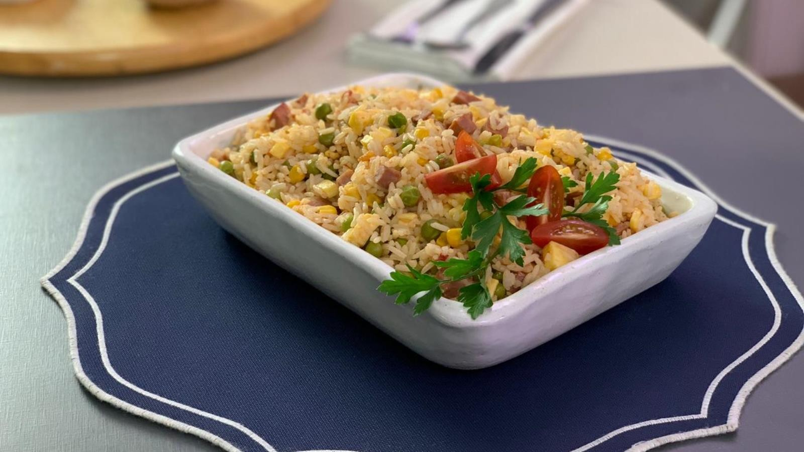 Arroz de forno é o primeiro prato do concurso Tá Combinado