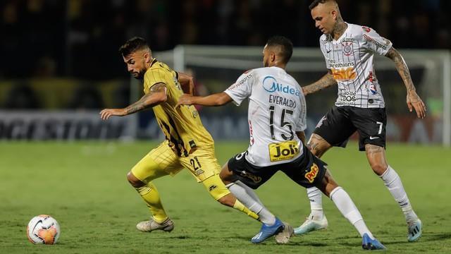 Luan teve atuação apagada em Guaraní x Corinthians