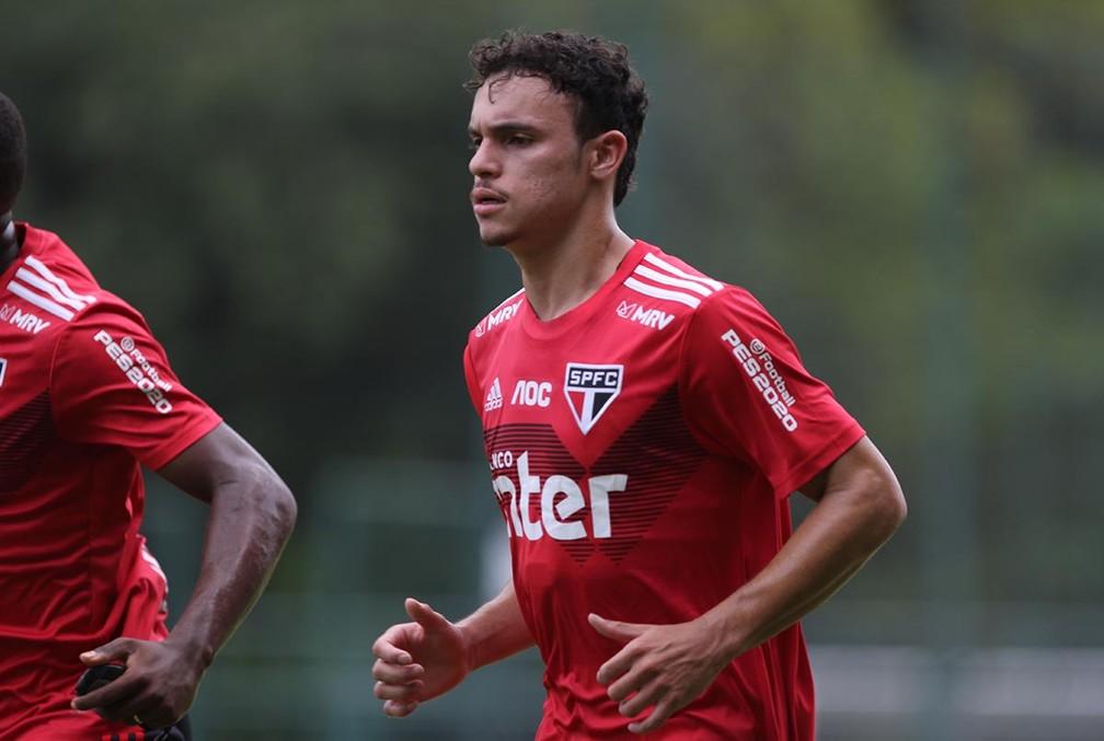 Danilo Gomes é uma das surpresas da base do São Paulo — Foto: Rubens Chiri/saopaulofc.net