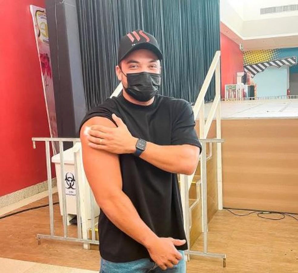 Wesley Safadão foi vacinado contra a Covid-19 no dia 8 de julho, em Fortaleza. — Foto: Instagram/ Reprodução