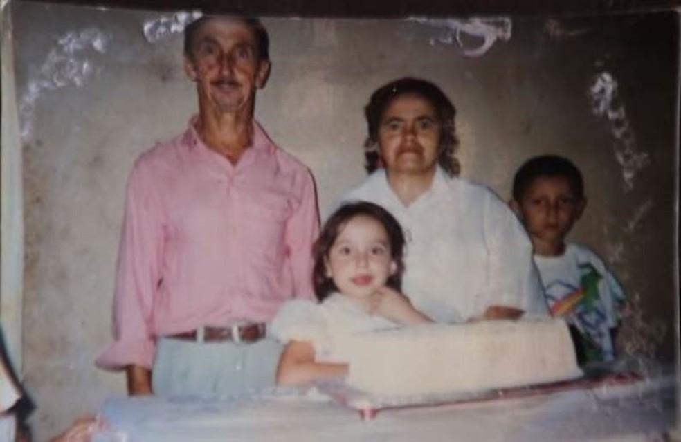 Desde o início do casamento, Izabel e José queriam ter filhos — Foto: Reprodução/Alex Duarte/BBC