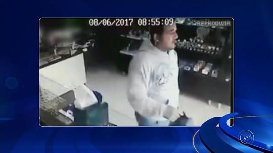 Ladrões assaltam joalheria durante o dia no centro de Palmital; veja o vídeo